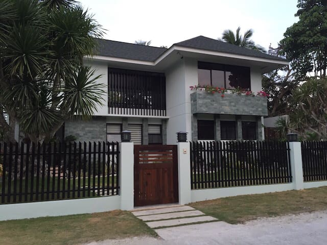Lovely Loay Living-2 Rooms - Loay - Huis
