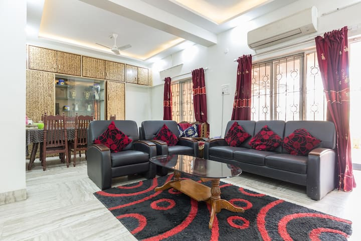Independent House in city centre. - Hyderabad - Huis