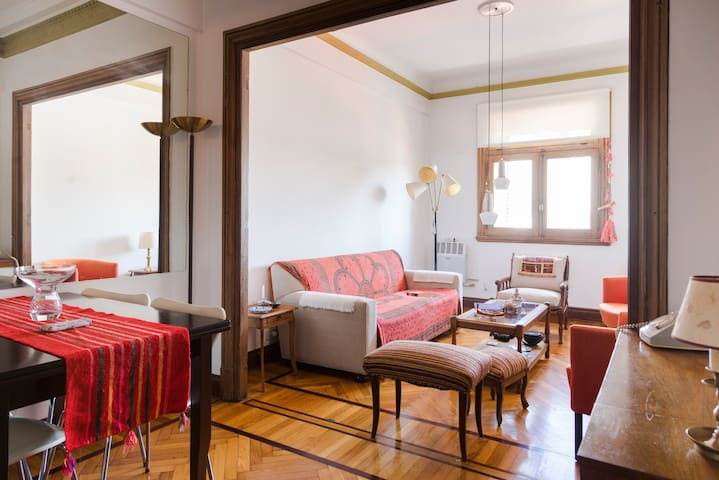 Cozy room in historic building - Buenos Aires - Appartement