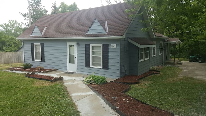 Cozy Smart Home - Shawnee - Ev