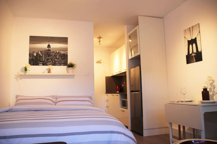 Modern and Self contained studio in Annandale - Annandale - Appartement