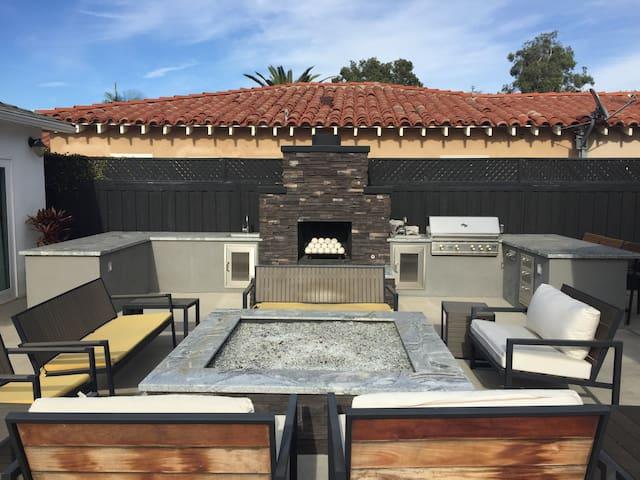 Fully Loaded Newport Beach Studio - Costa Mesa - Vila