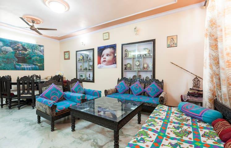 Explore Incredible Culture - Jaipur - House