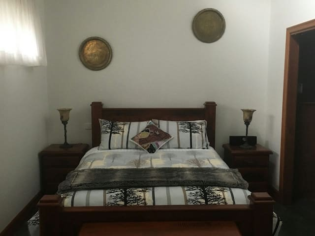 'Belrose Cottage'  The perfect retreat for couples - Belgrave Heights - Appartement