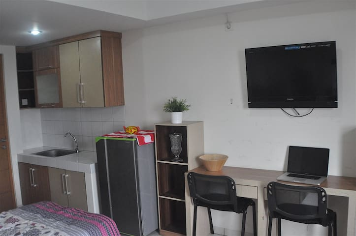 2Bed Fun(SENSITIVE CONTENTS HIDDEN) Margonda Residence 2 - Beji - Apartemen