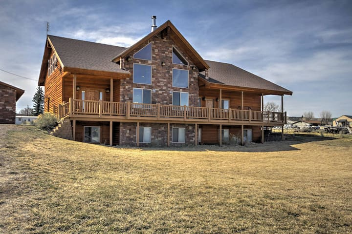 NEW! 3BR +Loft Bryce Canyon Home on Sevier River - Hatch - Casa