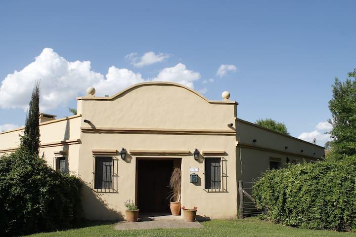 ARECO/Casa de campo con pileta - San Antonio de Areco - Rumah