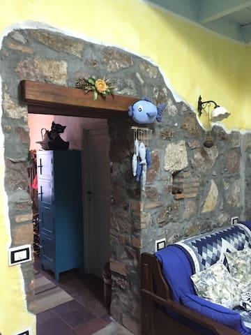 Casa Cantoniera ferroviaria. - Tresnuraghes - Villa