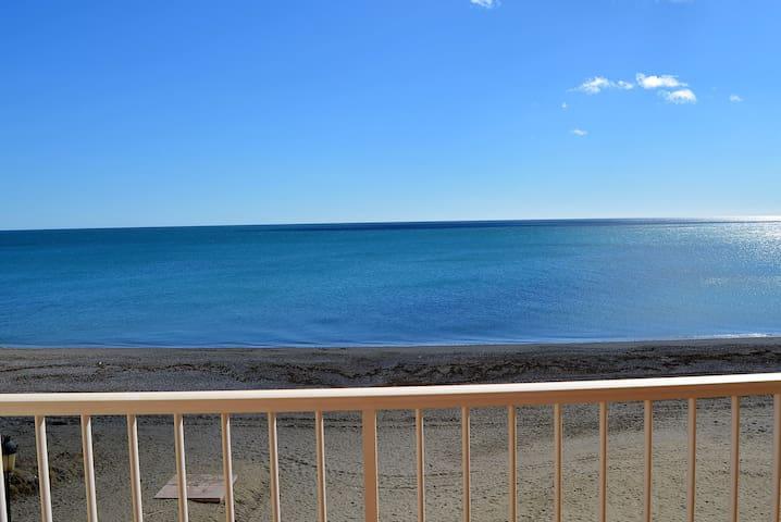 apartamento sobre el mar costa del sol - San Luis de Sabinillas