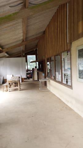 Gîte d'étape Bretagne - Rostrenen - Dormitorio compartido