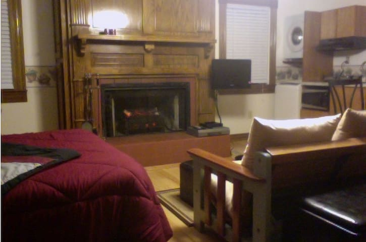 Studio Apartment in the Country - Atmore