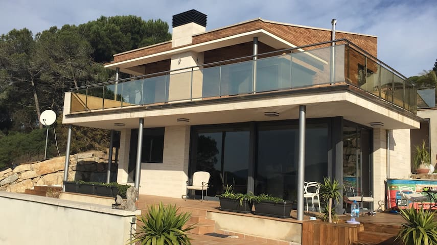 Lux house near Barcelona. - Vilanova del Vallès