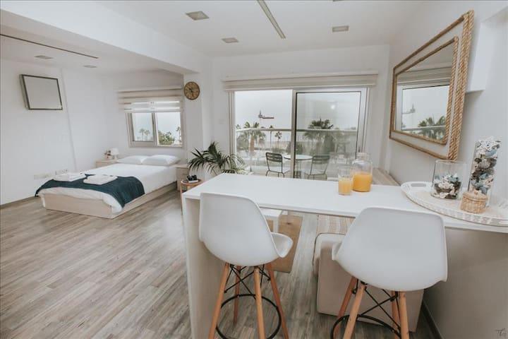 City Centre Studio Beach View - Limassol - 公寓