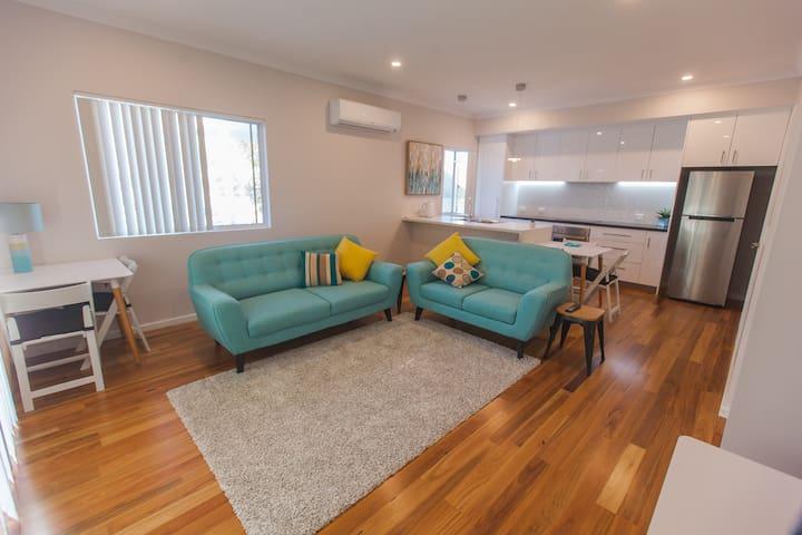 Perth Beachside Holiday House - Kallaroo - Casa