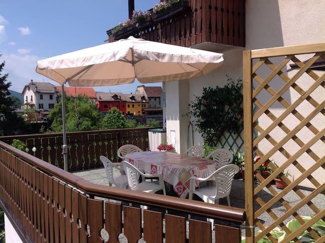 Appartamento con terrazzo a Tambre - Tambre