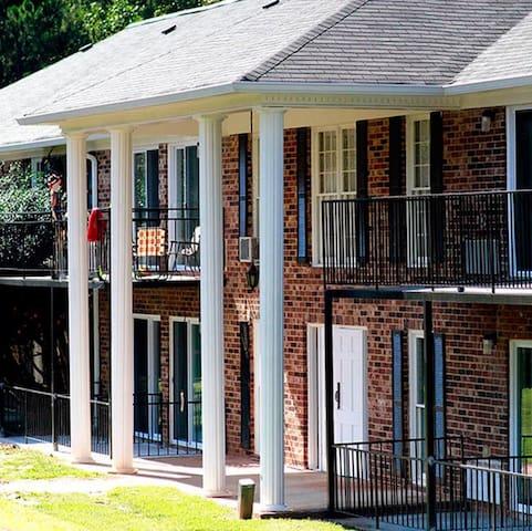 Whole Apartment at University Oak - Athens - Appartement