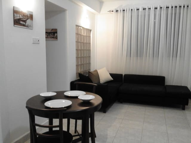 Great Location in Colombo. Safe, Private & Modern - Colombo - Huoneisto