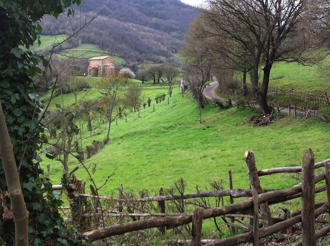 La Casa del Campu - Oviedo - Huis