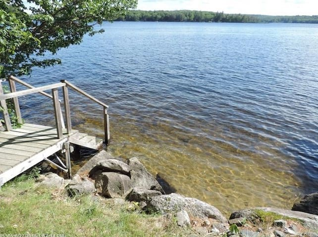 Family friendly waterfront home on Long Lake. - Harrison - Semesterboende