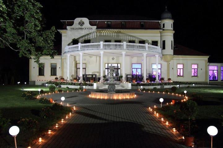 Villa Dolce Vita - Táplánszentkereszt - Bed & Breakfast