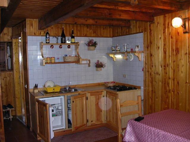 Tipica casetta di montagna per splendide vacanze - Artaz Vieu - Rumah