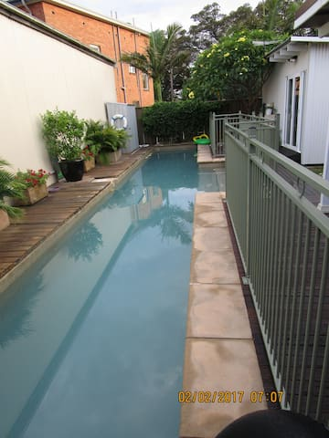 Pet friendly, private room with pool BBQ - 伊斯靈頓(Islington)