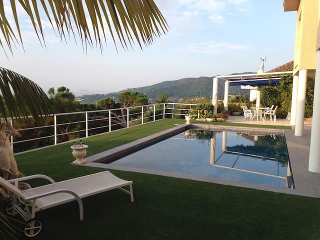 Incredible sea views! Luxury villa in Cabrils - Cabrils