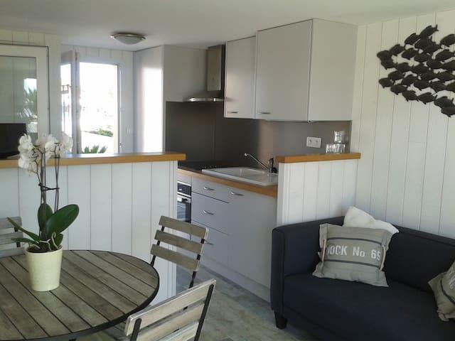 Maison sur les rives du chenal de la Perrotine - Saint-Pierre-d'Oléron - Dom