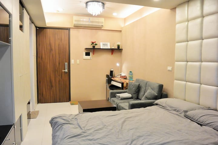 Nice sudio near taipei 101/5 min to MRT./free gym - 信義區