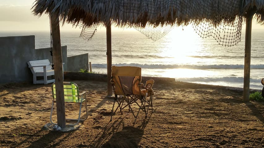 ENJOY PRIVATE SUNSET OCEAN FRONT ACCESS HIDE-AWAY - 羅薩里托(Rosarito) - 獨棟