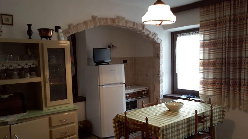Apartment in the hearth of Auronzo. - Auronzo di Cadore - Apartamento