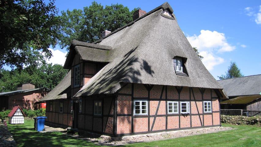 Cottage in the Lueneburg Heath - Jesteburg - Ev