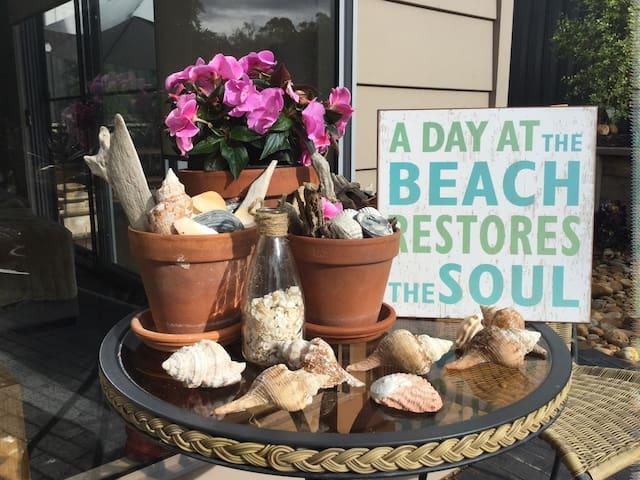 Peaceful Seabreeze Place - Kalimna - Bed & Breakfast