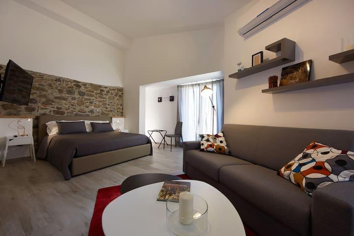 """Duomo4  """"Stromboli"""" Monolocale - Sant'Agata di Militello - Apartament"""