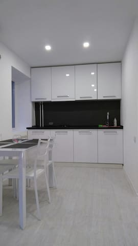 Luxury apartment in the center, Ushakova street - Kherson - Apartamento