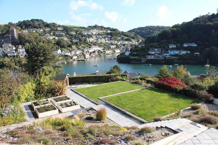 House overlooking stunning Estuary - Newton Ferrers - Casa