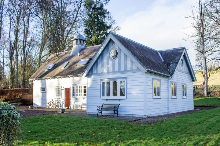 Ardblair Castle Coach House: Self-Catering Cottage - Blairgowrie and Rattray