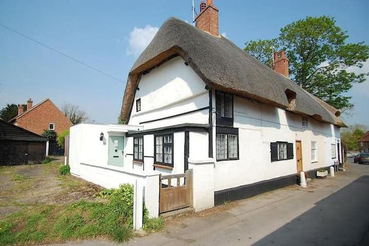 Quintessentially English Cottage - Dorchester on Thames - Rumah