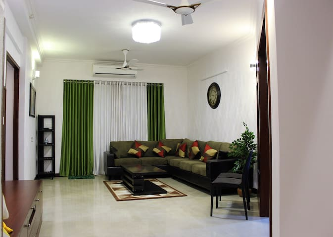 Mathew's place - A Luxurious A/C apartment - Thiruvananthapuram - Apartament