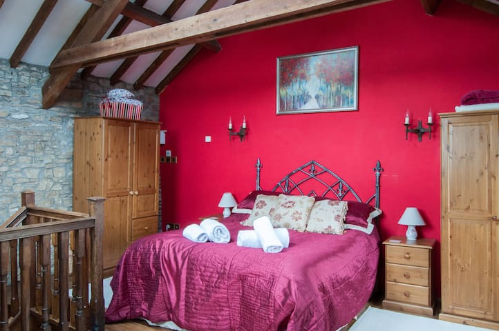 Boreat Manor Medieval Wing - B&B - Umberleigh - Appartement
