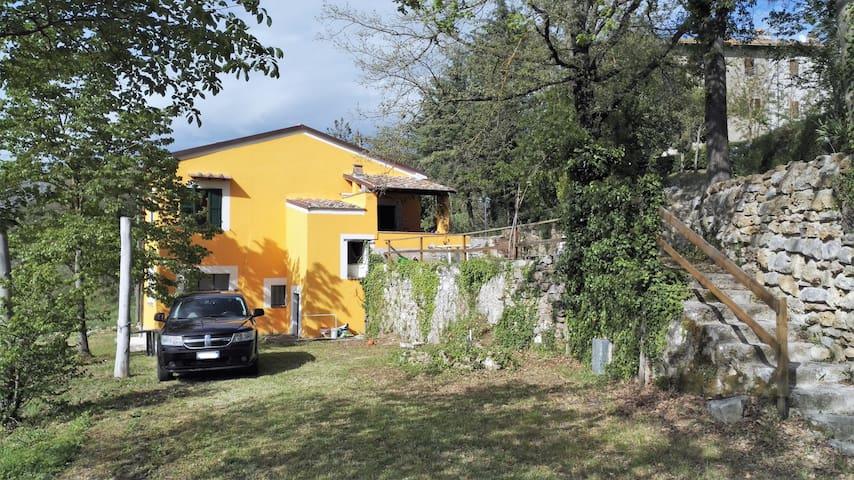 Casetta indipendente con giardino campagna Umbria - Acquasparta - Casa