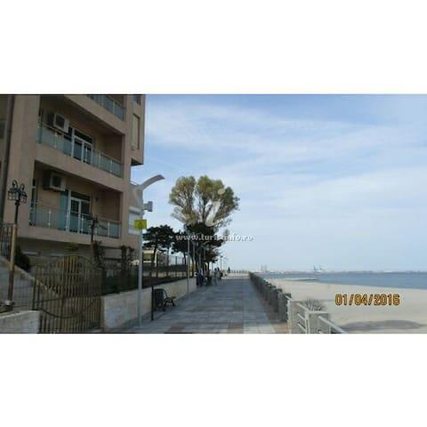 Apartment on The Black Sea beach 12 - Eforie Nord - Apartamento