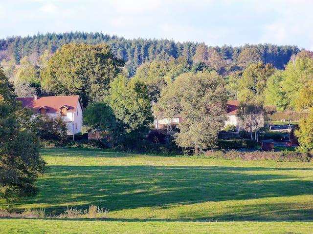 Clan Boucheron - Louroux-Bourbonnais - Casa