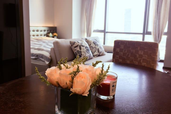 苏州金鸡湖畔摩天轮行政公寓一房一厅久光诚品摩天轮公园零距离 - 苏州 - Departamento