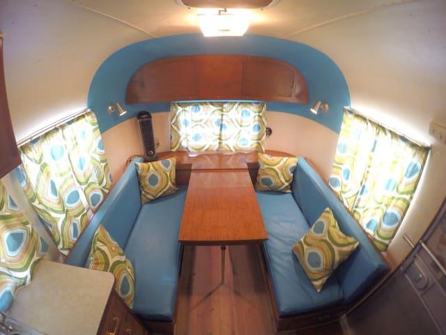 Vintage Glamping in Borrego Springs – Time Capsule - Borrego Springs - Kamp Karavanı/Karavan