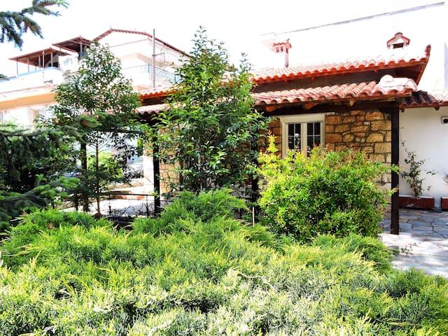 Antica casa di pietra - Ωραιόκαστρο - Huis