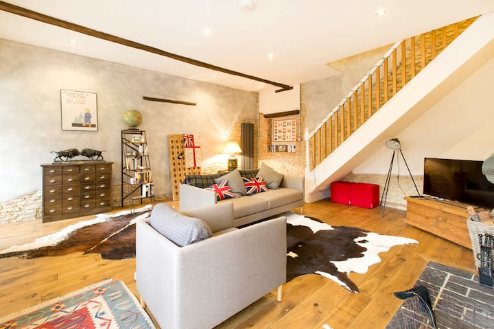 Luxury two bedroom converted mews - Stratton Audley - Hus