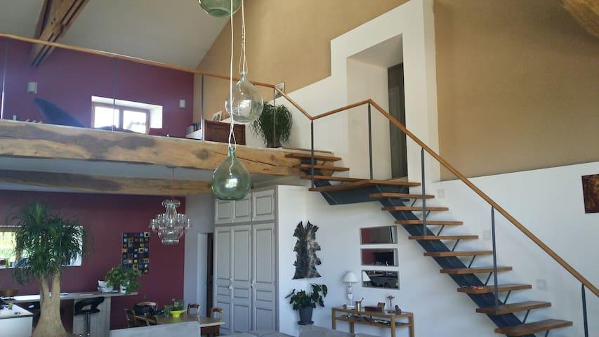 Grange du XIX totalement restaurée - Penol
