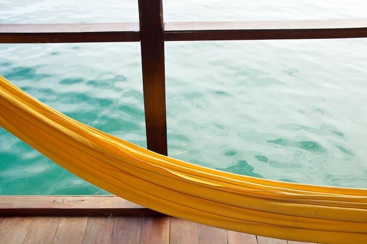 Seafront Studio near Bocas center - Bocas del Toro Province - Leilighet