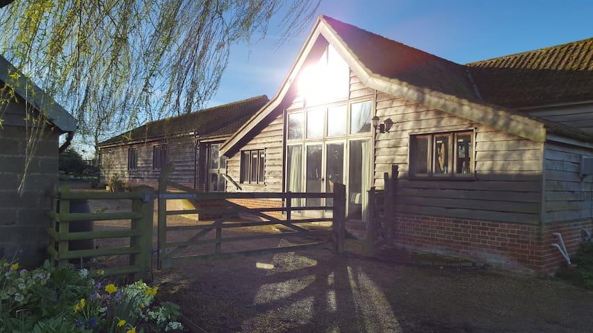 Beautiful Suffolk barn conversion. - Thelnetham  - Hus